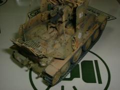 模型 004