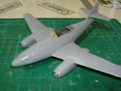 模型 008