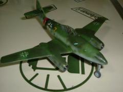模型 001