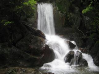 一切経の滝