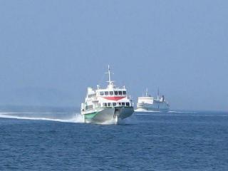 ジェットホイルと本船