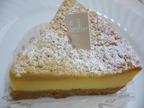 ル・バニーエ ベイクドチーズケーキ