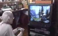 [360] Halo3をプレイする95歳のおばあちゃん(日本)