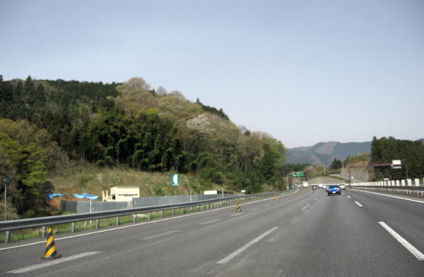 62中央高速道から02