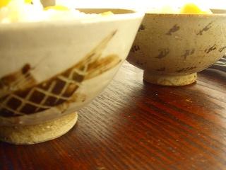 夫婦茶碗とは言えないかな???でも並ぶとヤッパリお似合いなのです。