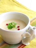 前菜のちょこっとスープ。
