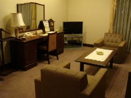 京都東急ホテル717号リビング
