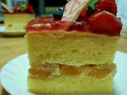 ヴィタメールケーキカット