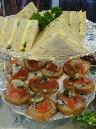 卵サンド&サーモンのオープンサンド