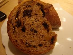 バゲット・ドライフルーツのパン