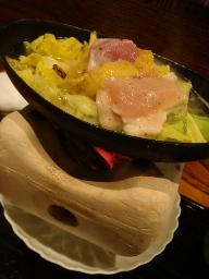 鹿児島産地鶏と春キャベツの小鍋