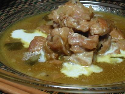 鶏肉のカレー煮