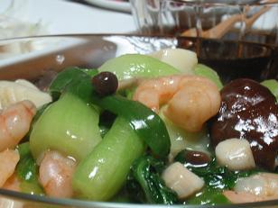 魚貝と青梗菜の炒めもの