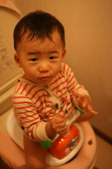 初★トイレでできたよ! 200081014