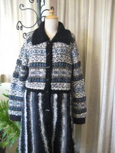 編み込みコート b