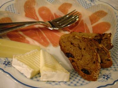 パルマ産生ハムとチーズ