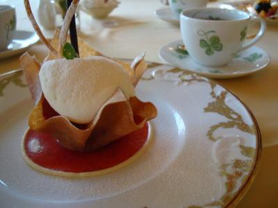 (デザート)苺のロマノフ