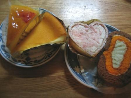 チーズケーキとロールケーキ