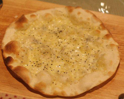 b_pizza3.jpg