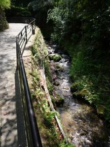 chemin vers sanzenin
