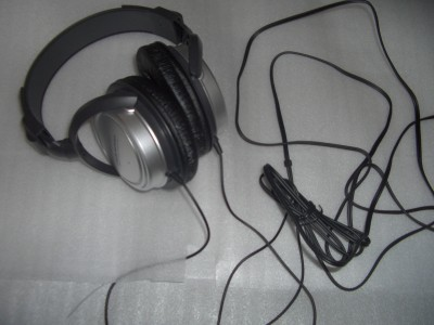 headphone1-1.jpg