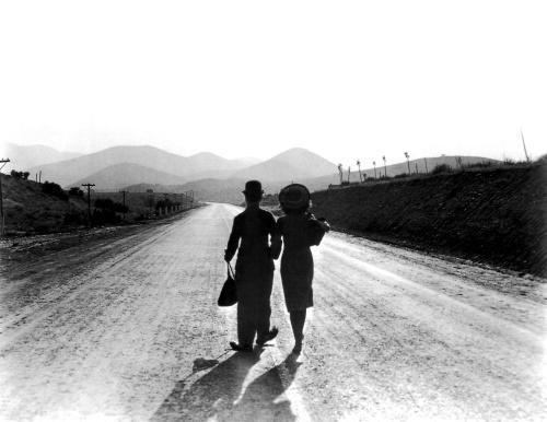 ChaplinCharlie(Modern Times)_02