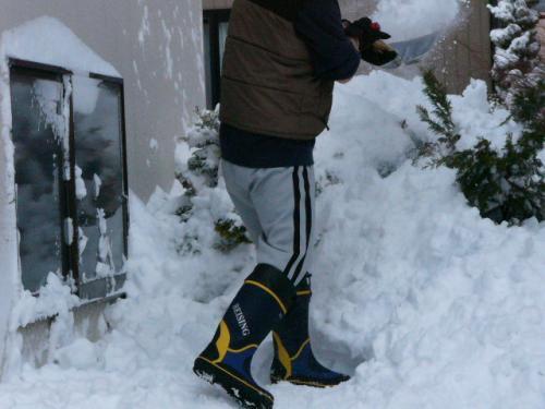 駐車スペース確保の除雪
