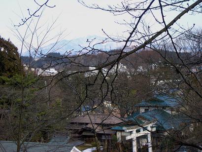 太平山を望む