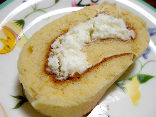 グランルーヴルのロールケーキ