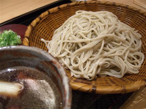 伊呂波といえば、鴨汁蕎麦ね。
