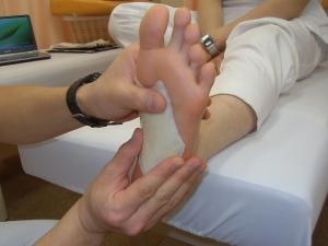 DSIS足底板療法 インソールを作成中