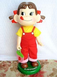 ペコちゃん首ふり人形