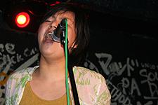 2006061104x.jpg