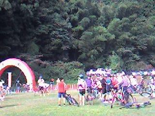 09綾部里山サイクリングの会場の雰囲気