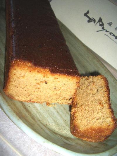 紅茶のブランデーケーキ・カット