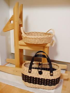 梨ちゃんのお母様の籐作品
