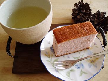 久々のひとりcafe・・・桜
