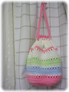 手編みの巾着