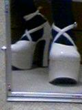 メタモ 靴
