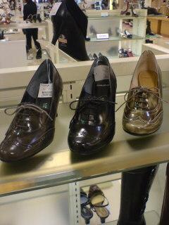 クラシカルなブーティっぽい靴