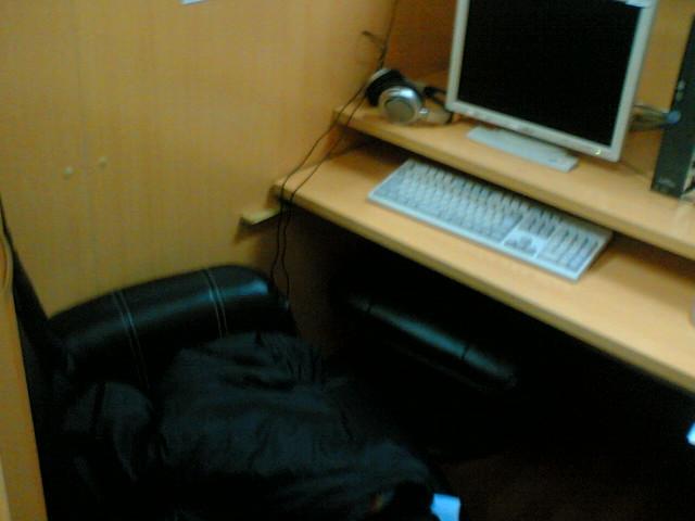 ネットカフェ写真1