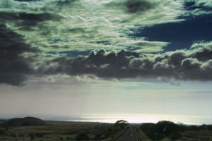 雲の隙間から覗く光