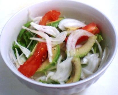 新玉ねぎサラダ