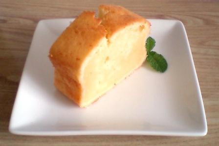チーズ風味バターケーキ