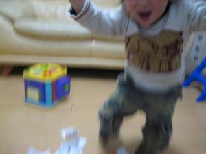 Q太郎はおかしな踊りを踊った!