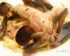 シャコとムール貝のスパゲティー*