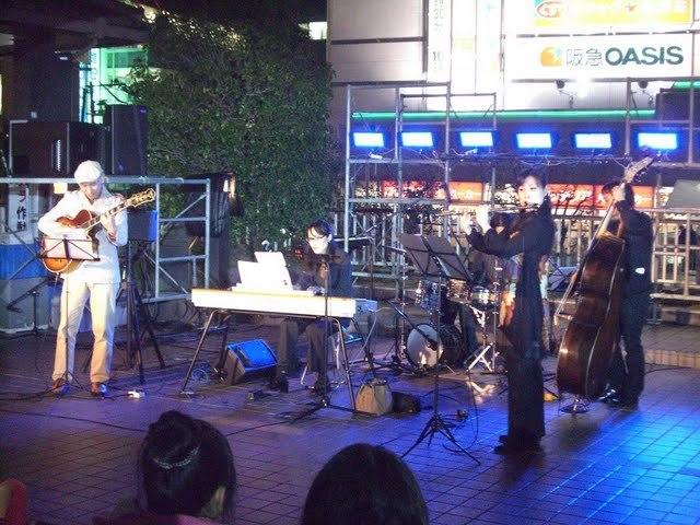 2009.10.31草津駅前2