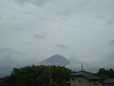 9.5 曇り空大山