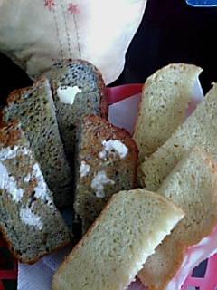セサミパンとスイートポテトパン