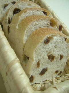 レーズン食パン~なし酵母~